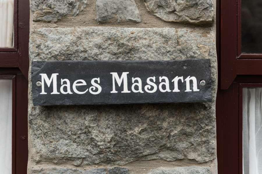Maes Masarn-1x2880 pixels